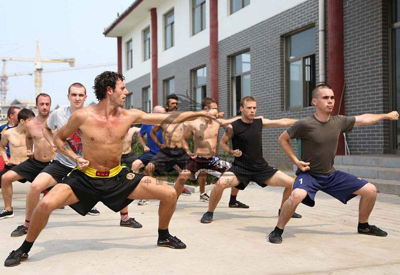 Foreigners Training Shaolin Kung Fu