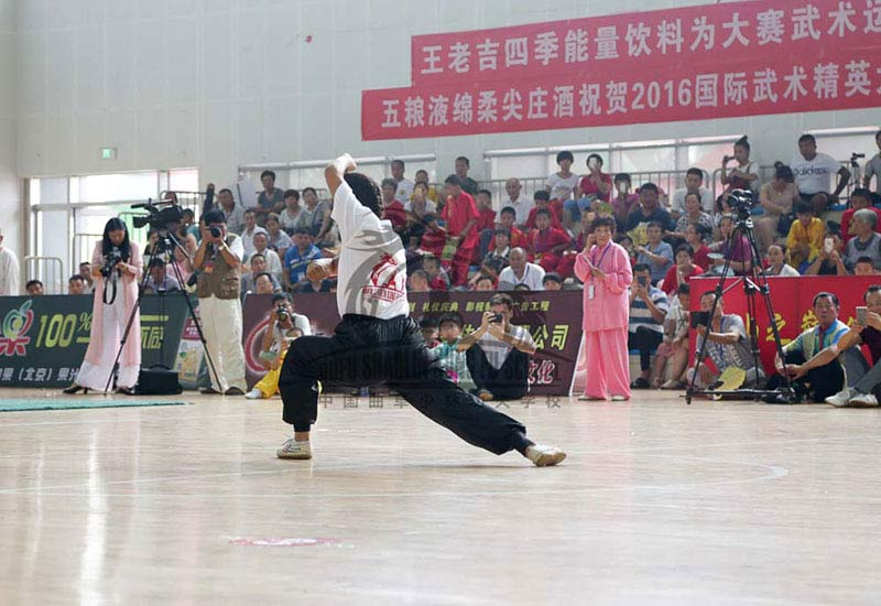 girl in kung fu Competition