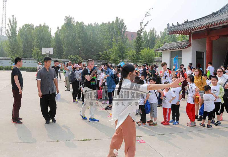 kids visiting kung fu school