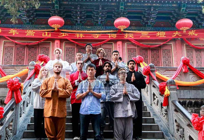 master and students in Shaolin Temple